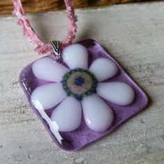 Daisy necklace fused glass pendent Groovy door ArtoftheMoment