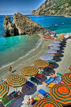 Monterrosso's beach, Cinque Terre, Italy. Been there, love that!