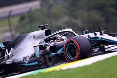 F1 | Mercedes, Hamilton tranquillo dopo il quinto posto nelle libere Lewis Hamilton, F1, Racing, Auto Racing