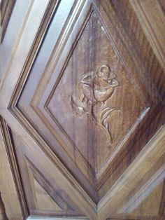 Muebles de madera, portones de madera. Painting, Restore Wood Furniture, Wood Ceilings, Custom Furniture, Furniture Restoration, Verandas, Staircases, Painting Art, Paintings