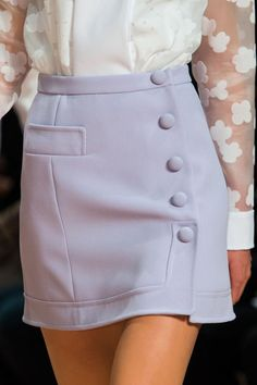 Carven at Paris Fashion Week Fall 2015 The white blouse with netted sleeves and lilac skirt with side buttons.all so vintage Fashion Week Paris, High Fashion, Womens Fashion, Fall Fashion, Haute Couture Style, Couture Fashion, Skirt Outfits, Cute Outfits, Jupe Short