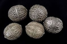 Antique lot of 5 Yemen Silver Ethnic Hand Made Yemeni Bead, hallmarked