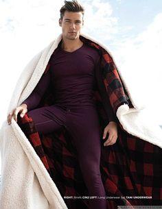 Male Fashion Trends: Balazs Kolos modela las mejores piezas underwear para el invierno en Man of Metropolis