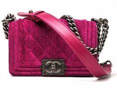 Boy chanel    #bag #boy #chanel  #dream #cool #fashion    www.ireneccloset.com