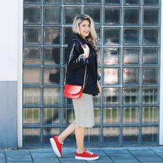 Lovely day! #gutgusto #fashion #online #webshop #now #shopping #red #sneakers #shoes #stripes #denimjacket #photography #model #ootd #bags #girl