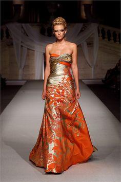 Abed Mahfouz - Haute Couture Fall Winter - Shows - Vogue. Abed Mahfouz, Couture Mode, Couture Fashion, Orange Mode, High Fashion, Fashion Beauty, Timeless Fashion, Fashion Tips, Orange Fashion