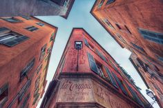 Le Vieux Nice (French Riviera) by Eric Rousset