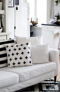 DIY Black and White Throw Pillows