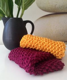 Beginner knitting kit washcloth kit - FREE SHIPPING - maroon and gold by thespinninghand on Etsy