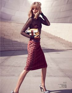 julia stegner mujer4 Julia Stegner Shines in El Libro Amarillo S/S 2013 by David Roemer