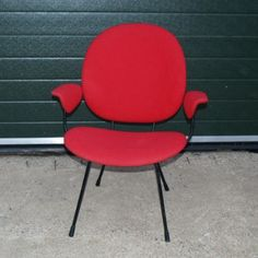 Located using retrostart.com > 305 Lounge Chair by W. Gispen for Kembo