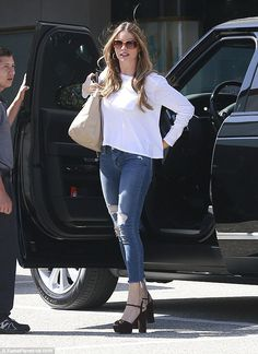 Sofia vergara shows off her legs in leather skirt and platform boots sofia vergara skirts and - Sofia gucci diva ...
