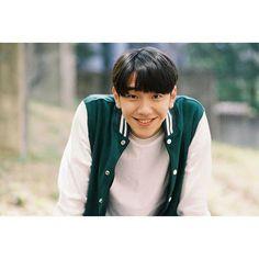 Drama Korea, Man Crush, Korean Actors, Ulzzang, Kdrama, Rain Jacket, Crushes, Windbreaker, Handsome