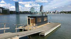 Finnish floating sauna Portable Sauna, Outdoor Sauna, Cliff House, Cold Shower, Saunas, Ways To Relax, Cottage Ideas, Helsinki, Finland
