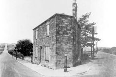 TOLL BAR HOUSE. TONG RD / PUDSEY RD