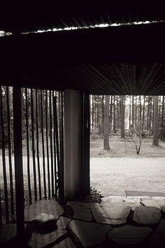 File:Alvar Aalto, Villa Mairea 02.jpg