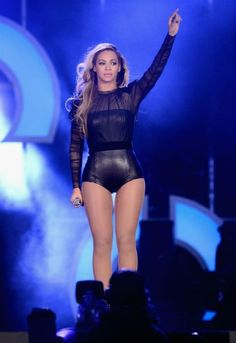 beyonce stage costumes show - Pesquisa Google