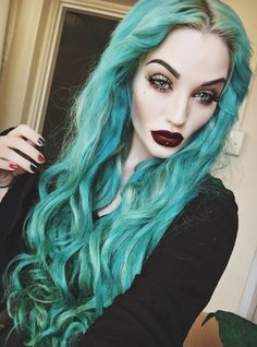 Tuequoise hair color