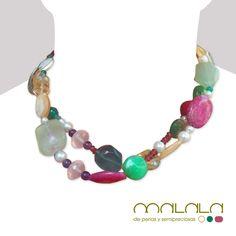 #collar largo con #perlas cultivadas grises y blancas y todo tipo de piedras #semipreciosas #citrino, #amatista, #fluorita, #cuarzo rosa, #fushita....Tutti Frutti
