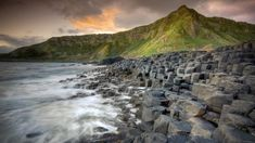 12 plages complètement uniques dont vous ne soupçonniez peut-être même pas l'existence ! Plages de rochers géométriques Irlande