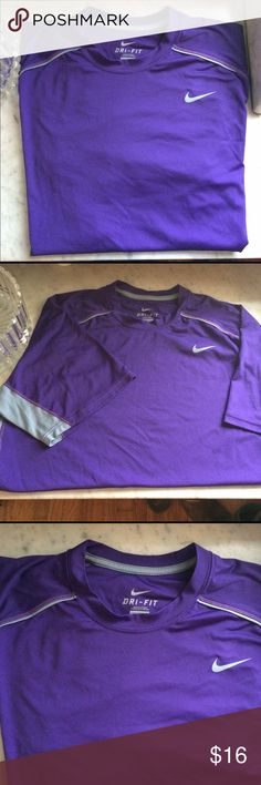Men's XL Nike dri-fit tshirt Great used condition.great for working out and University of Washington games 😊 Nike Shirts Tees - Short Sleeve