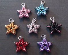 Love these chainmaille starbursts....they could be earrings, a pendant, christmas ornaments, key chains! Versatile!