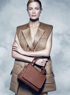 Ad Campaign: Max Mara Fall Winter 2014-2015 Model: Carolyn Murphy