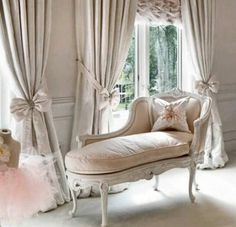 """transylvanialand: """" Old classic by Photographic View Scotland on Flickr. """"  Beautiful drapes & fainting couch!"""