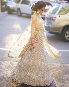 """3,206 Likes, 18 Comments - Indian Weddings ✨ (@indian_wedding_bliss) on Instagram: """"Because everyone knows I just can't resist lush bridal reception attire that is this beautiful!…"""""""