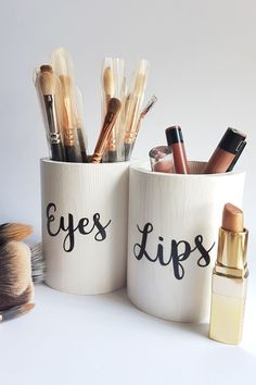 Makeup Brush Holders for the perfect makeup organization. Use this makeup brush organizer makeup brush storage to tidy up your vanity and give it a touch of color. Perfect makeup room décor if you are a makeup lover who own many types of makeup brushes. Note: all the makeup brush pots at POPSTASH shop are handmade and eco-friendly. #makeupbrushholder  $makeuporganization #MakeupStorage #brushstorage #brushholder #brushpot Black Makeup Brush Holder, Black Makeup Organiser, Organizer Makeup, Make Up Organiser, Makeup Organization, Makeup Holder, Storage Organizers, School Looks, Ruby Rose