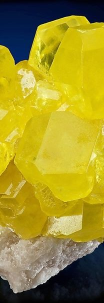 yellow _ mineral _ crystal