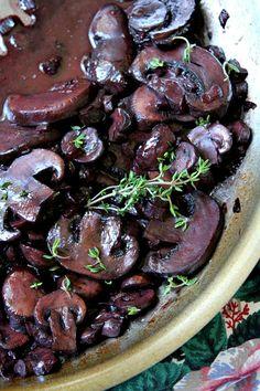 Red Wine Mushrooms Recipe - from RecipeGirl.com
