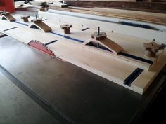 5 Table Saw Jigs Every Woodworker Should Have Man Made DIY Crafts for Men Keywords: woodworking, how-to, table-saw, jig Learn Woodworking, Woodworking Patterns, Woodworking Workbench, Woodworking Techniques, Easy Woodworking Projects, Popular Woodworking, Woodworking Furniture, Wood Projects, Woodworking Equipment