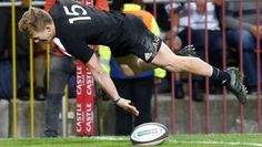 Damian McKenzie gets some air after scoring a try during the All Blacks' victory over the Springboks in Cape Town. All Blacks Rugby Team, Might Have, Cape Town, Victorious, Plane, Abs, Things To Come, Magic, Baseball Cards