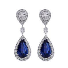 A fabulous pair of vivid blue sapphire earrings from #PrimaGems #bluesapphire #earrings #diamond #thailand #emporium #siamparagon #diamondareagirlsbestfriend #fabulous #findjewellary #jewellery