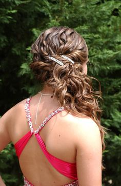 Awesome Long Curly Brown Homecoming and Prom Hairstyle