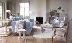 Landelijk wonen, villa provence bij het kabinet zitgroep bank, fauteuils op vloerkleed