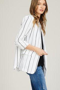 White Striped Linen Blazer | NRFB #stripedblazer #whiteblazer #blazeroutfit #linenblazer
