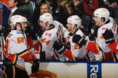 Max Reinhart celebrates his first goal  -  Oilers vs. Flames - 13/04/2013 - Calgary Flames - Photos