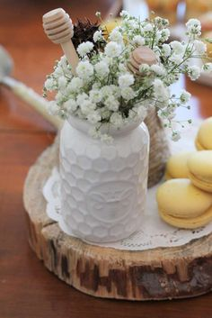 Bee Baby Shower Party Ideas | Photo 10 of 45