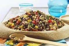 Tomato-Quinoa Salad Quinoa Salad Recipes, Vegan Recipes, Cooking Recipes, Tomato Juice, 20 Min, What To Cook, Plant Based Recipes, Pasta Salad, Clean Eating