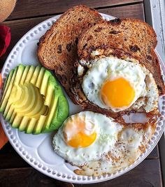 Cauliflower Gnocchi Plant Based Breakfast Eggs, toast, and avocado for a quick breakfast this morning 🤗 Basically the same meal as yesterday but with cinnamon raisin toast instead of … Clean Eating Snacks, Healthy Snacks, Healthy Recipes, Healthy Breakfasts, Healthy Nutrition, Breakfast Recipes, Snack Recipes, Savory Breakfast, Breakfast Options