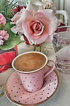 The Rancilio Silvia Espresso Machine Makes Coffee Time At Home Wonderful Good Morning Coffee, Coffee Break, Coffee Time, Coffee Cups, Tea Cups, Coffee Chalkboard, Coffee Flower, Breakfast Tea, Turkish Coffee
