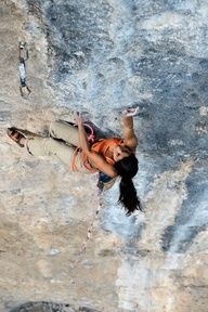 www.boulderingonline.pl Rock climbing and bouldering pictures and news Daila Ojeda climping