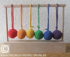 6 Baby Baelle in den Farben des Regenbogens aus Wolle (woolen Yarn Balls)