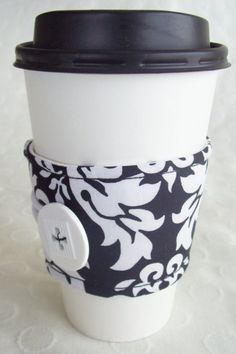 What a simple idea for a small gift that you can personalize for just about anyone... fabric coffee cozies!