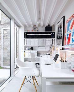 #minimal #minimalsetups #workspace