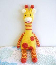 Knitted giraffe: So cute, I think I must make one