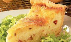 Quiche Lorraine de queijo e bacon.