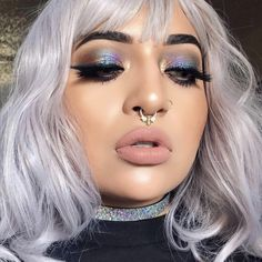 Gorgeous Makeup: Tips and Tricks With Eye Makeup and Eyeshadow – Makeup Design Ideas Neo Grunge, Grunge Look, Grunge Style, Soft Grunge, Blue Eye Makeup, Eye Makeup Tips, Glitter Makeup, Glitter Eyeshadow, Beauty Makeup